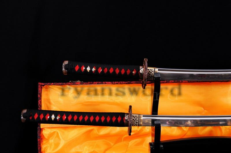Handmade Maru Clay Tempered Japanese Samurai Sword Set Katana Wakizashi