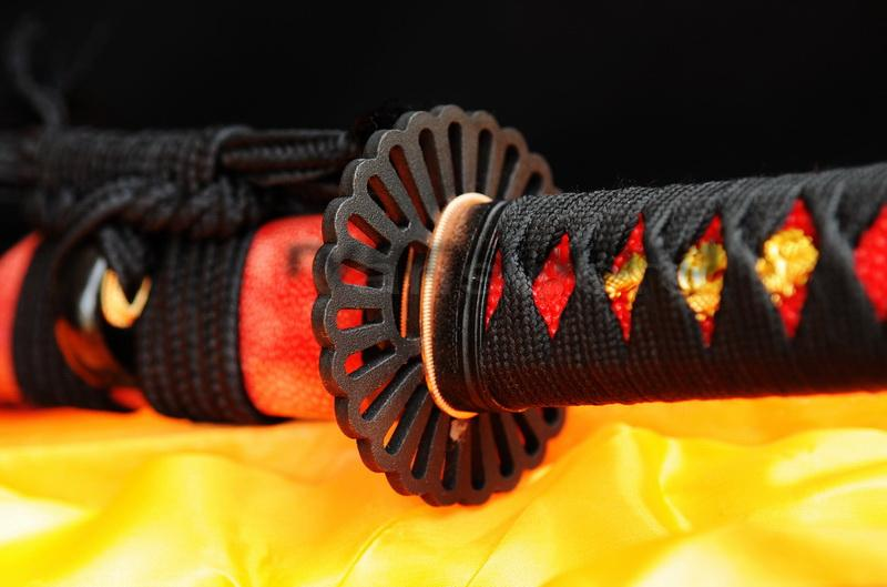 High Quality 1095 Carbon Steel+Folded Clay Tempered Japanese Samurai Tanto Sword
