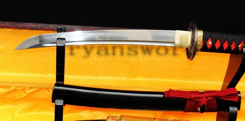 Handmade 1095 Carbon Steel Clay Tempered Japanese Samurai Tanto Sword